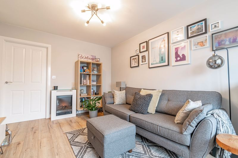 2 bed house for sale in Doulton Road 16