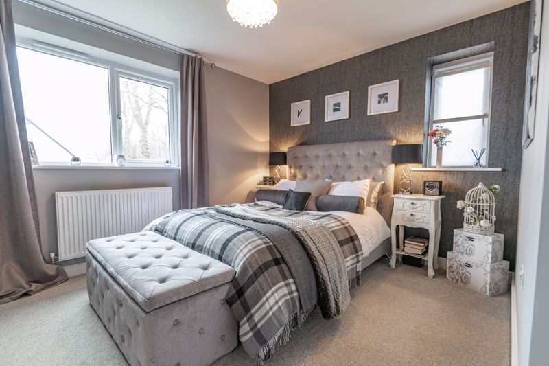 2 bed house for sale in Doulton Road 6