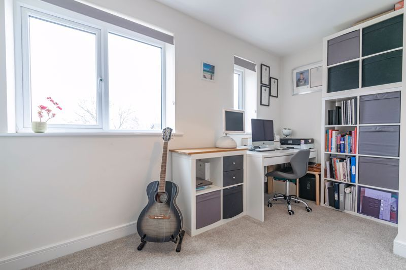 2 bed house for sale in Doulton Road  - Property Image 8