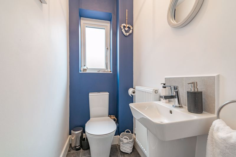 2 bed house for sale in Doulton Road  - Property Image 10