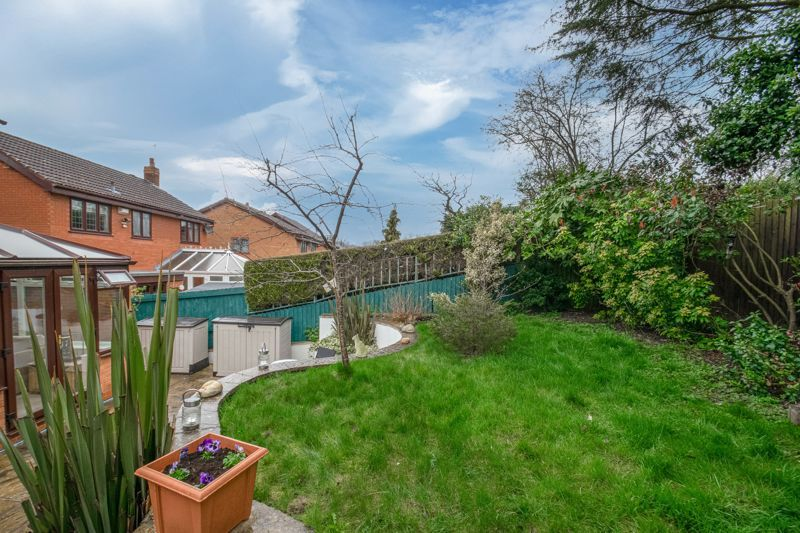 4 bed house for sale in Shirehampton Close 13