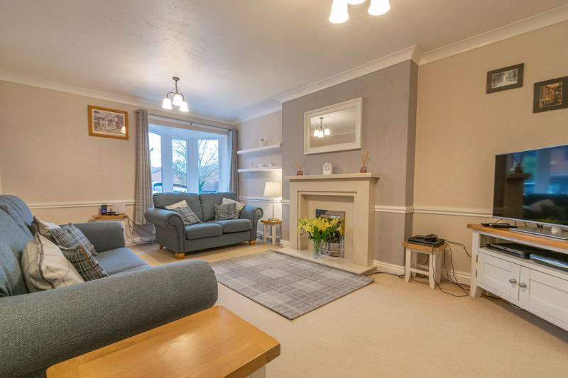 4 bed house for sale in Shirehampton Close 3