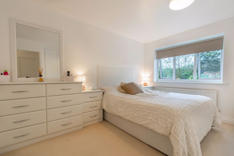 4 bed house for sale in Shirehampton Close  - Property Image 6