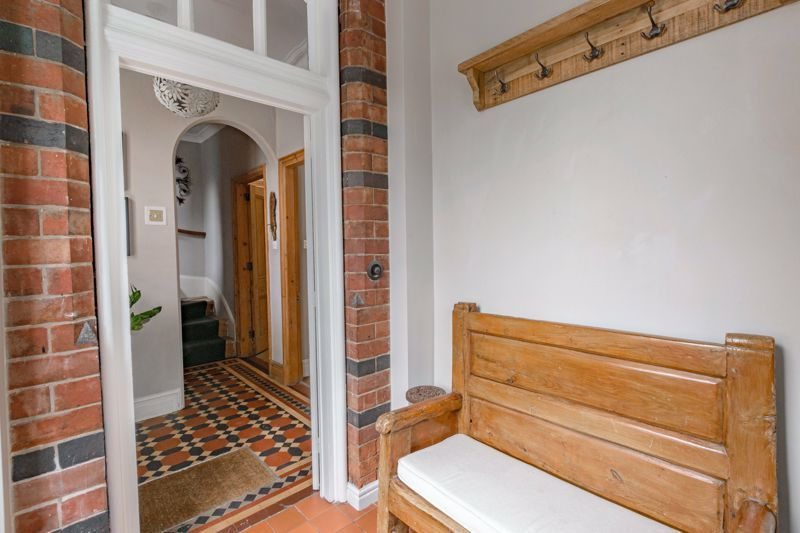 3 bed house for sale in The Crescent 17