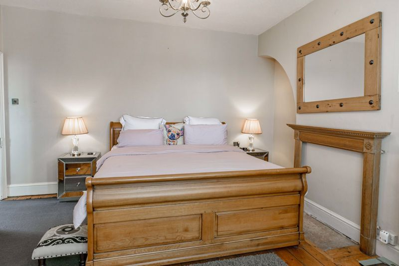 3 bed house for sale in The Crescent  - Property Image 19