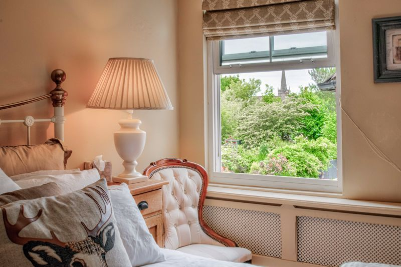 3 bed house for sale in The Crescent 20