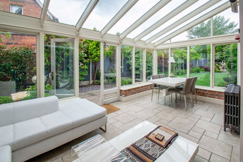 3 bed house for sale in The Crescent 4