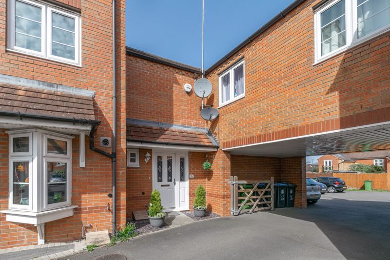 3 bed house for sale in Corelli Close 13