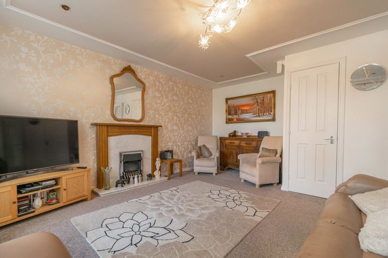 3 bed house for sale in Corelli Close 5