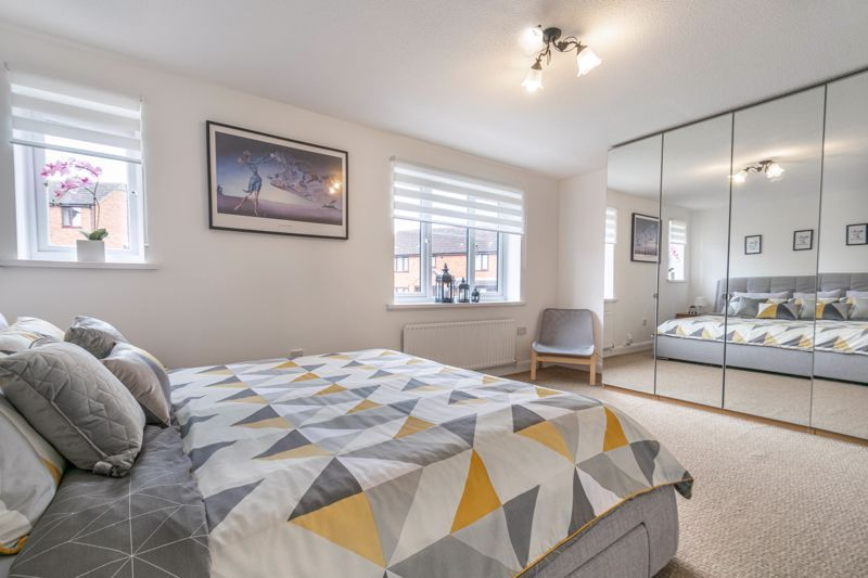 4 bed house for sale in Towbury Close 11