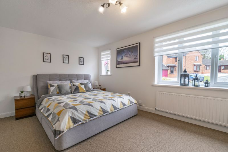 4 bed house for sale in Towbury Close  - Property Image 12