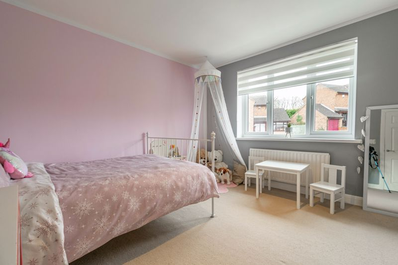 4 bed house for sale in Towbury Close 14