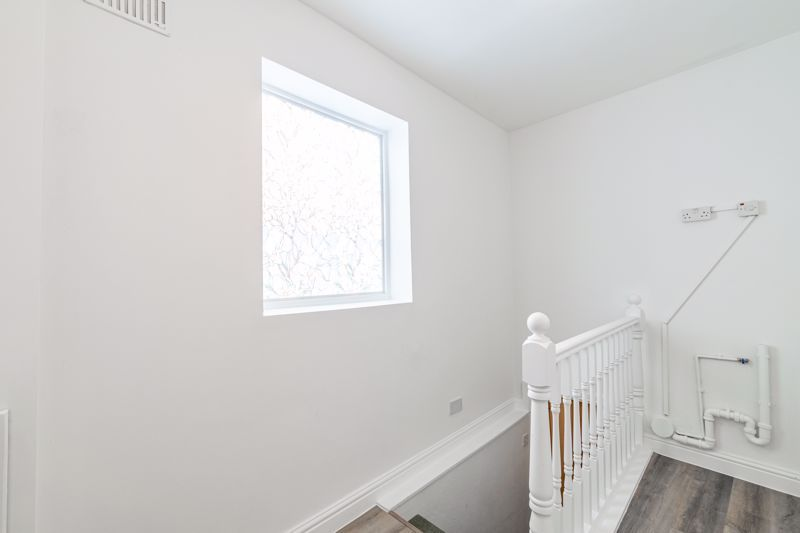 5 bed house for sale in Stourbridge Road 19