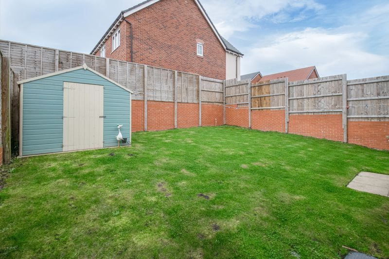5 bed house for sale in Linthurst Crescent  - Property Image 13