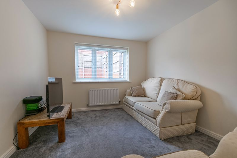 5 bed house for sale in Linthurst Crescent  - Property Image 16