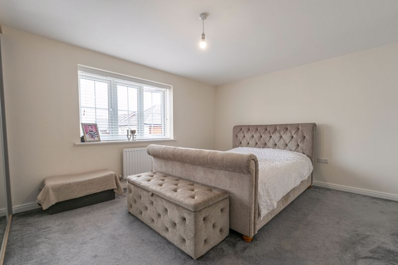 5 bed house for sale in Linthurst Crescent  - Property Image 6