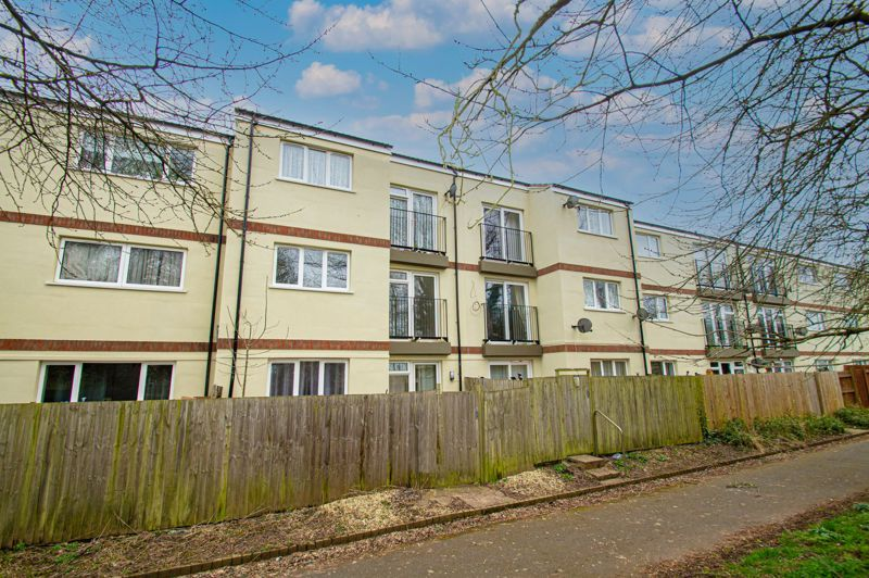 1 bed flat for sale in Fownhope Close  - Property Image 1