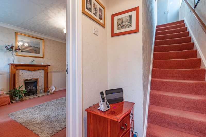 3 bed house for sale in Orwell Close 6