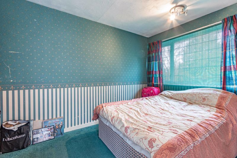 3 bed house for sale in Orwell Close 8