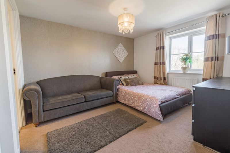 5 bed house for sale in Kingcup Close 12