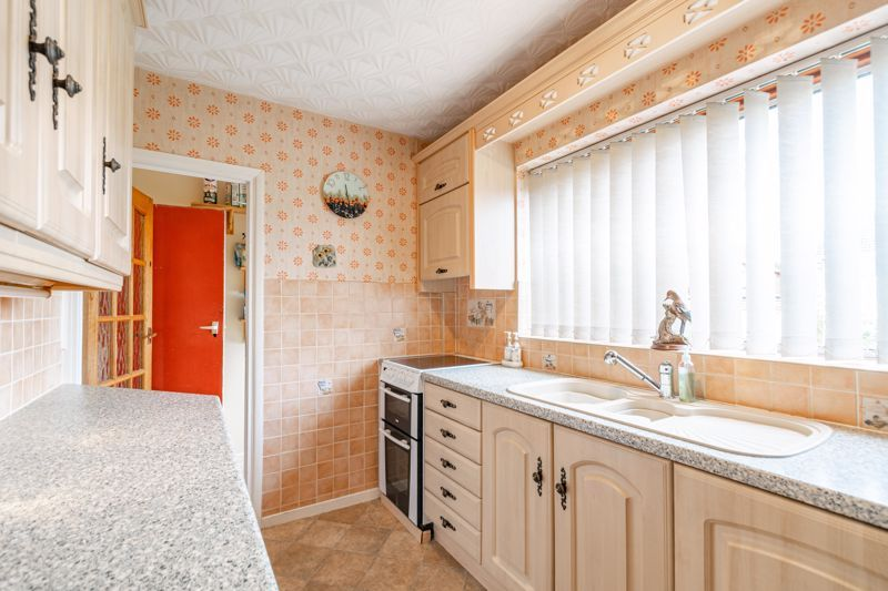 3 bed house for sale in Drew Road 5