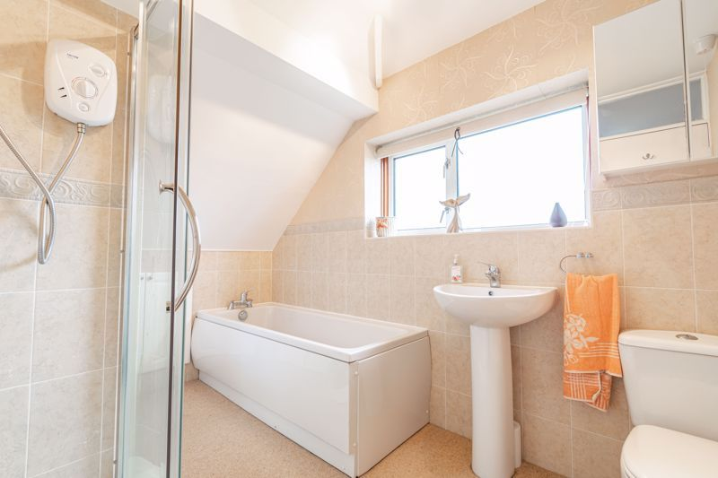 3 bed house for sale in Drew Road 9