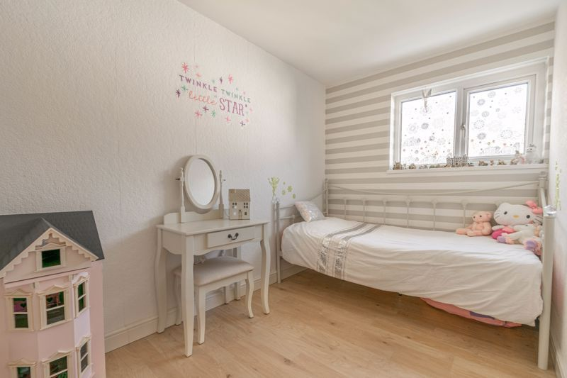 5 bed house for sale in High Trees Close 10
