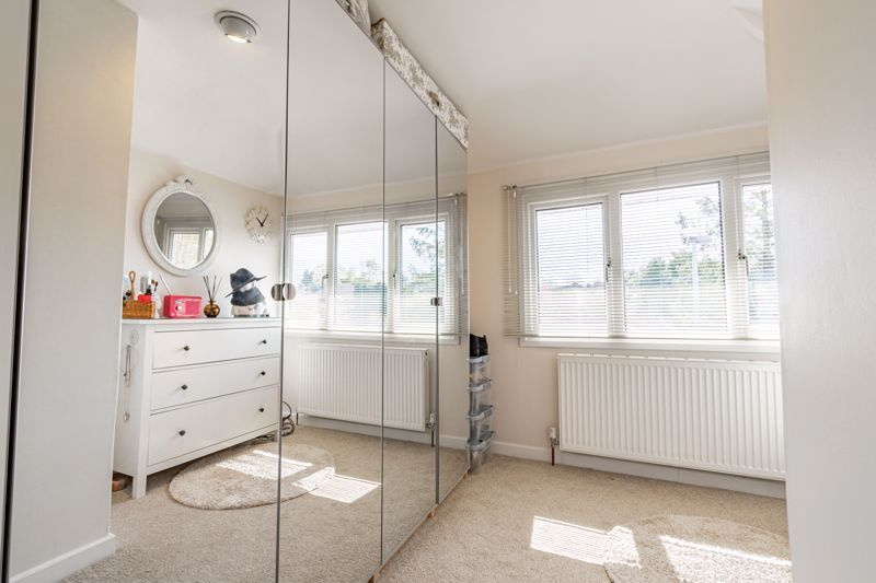4 bed house for sale in Brockmoor Close 12