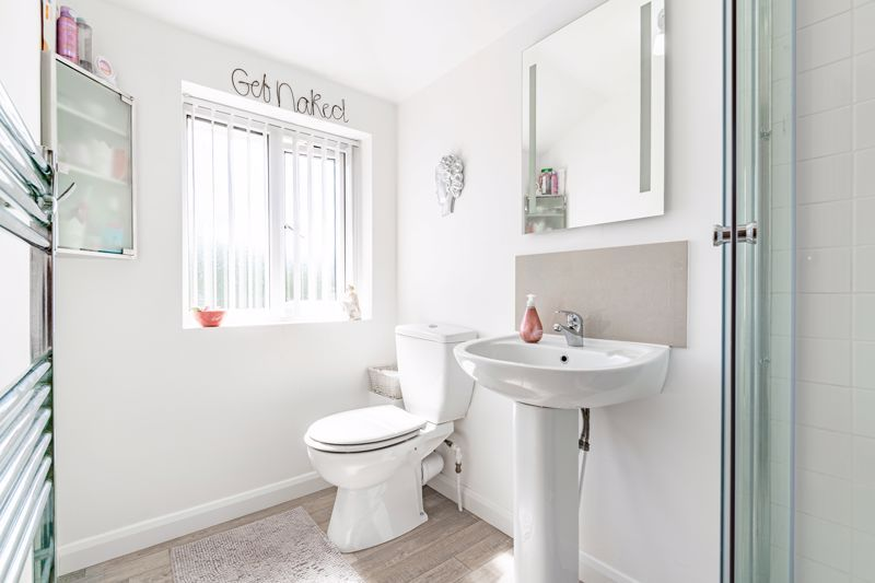 4 bed house for sale in Brockmoor Close  - Property Image 13