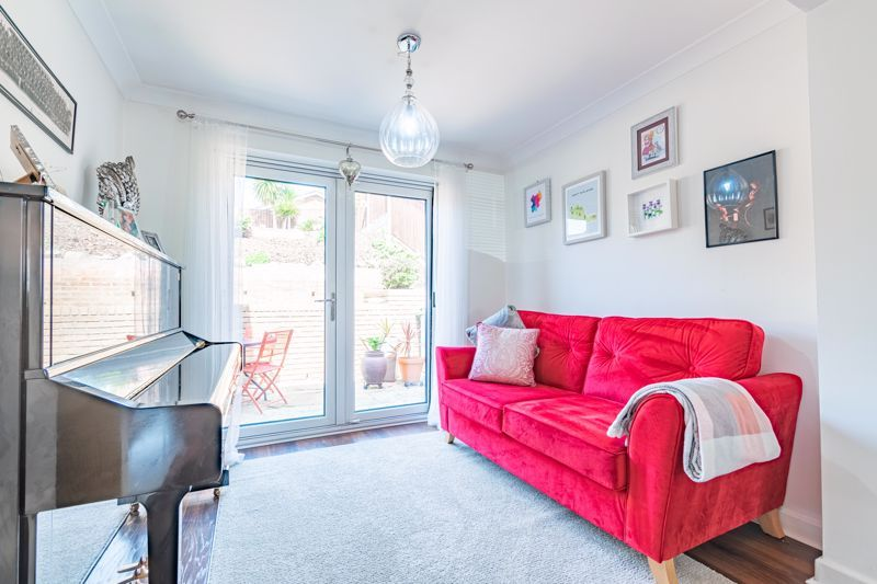 4 bed house for sale in Brockmoor Close  - Property Image 5