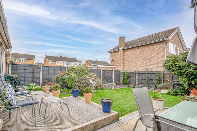 4 bed house for sale in Leavale Road  - Property Image 12