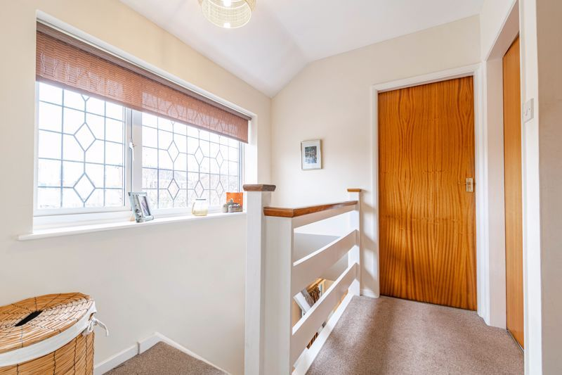 4 bed house for sale in Leavale Road  - Property Image 18