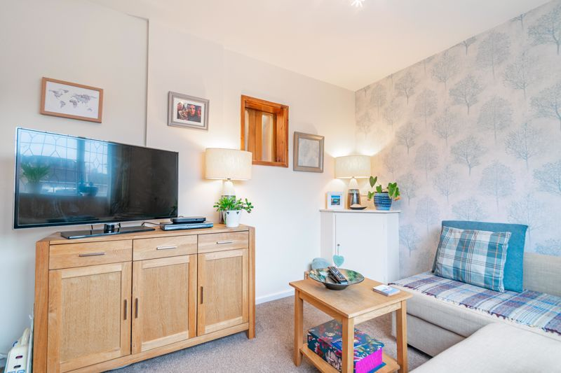4 bed house for sale in Leavale Road  - Property Image 19