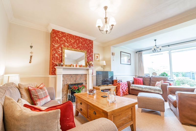 4 bed house for sale in Leavale Road 4