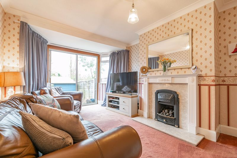 3 bed house for sale in Frankley Avenue  - Property Image 2