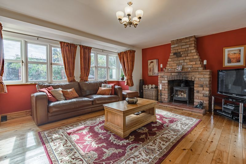 4 bed house for sale in Parish Hill 3