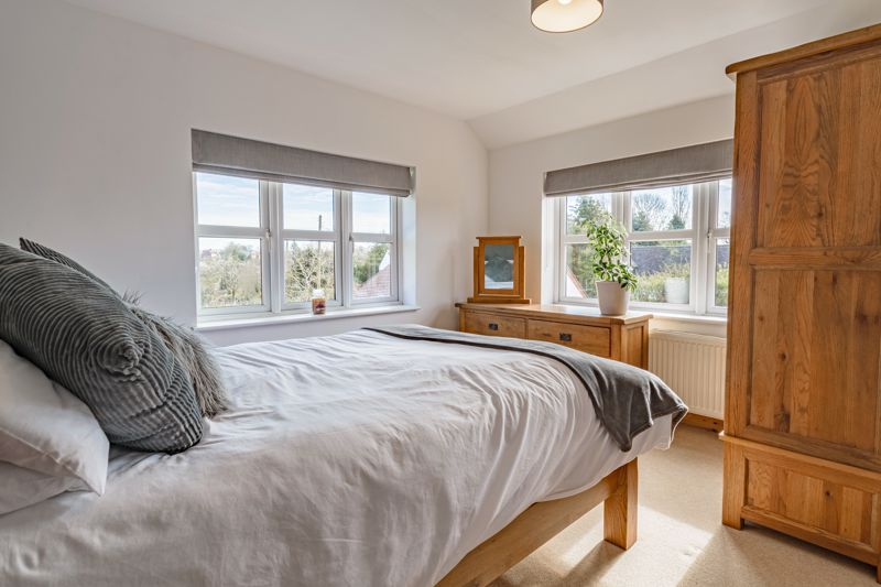 4 bed house for sale in Parish Hill 9