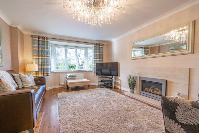4 bed house for sale in Hither Green Lane 4