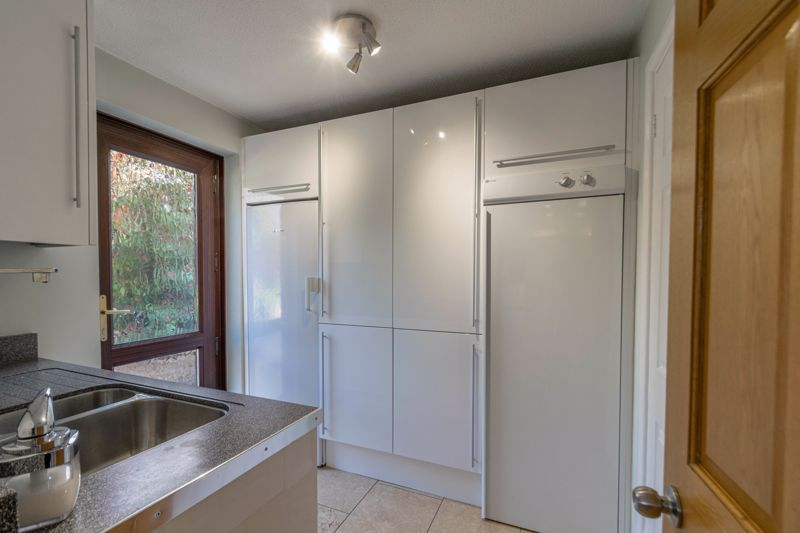 4 bed house for sale in Hither Green Lane  - Property Image 5