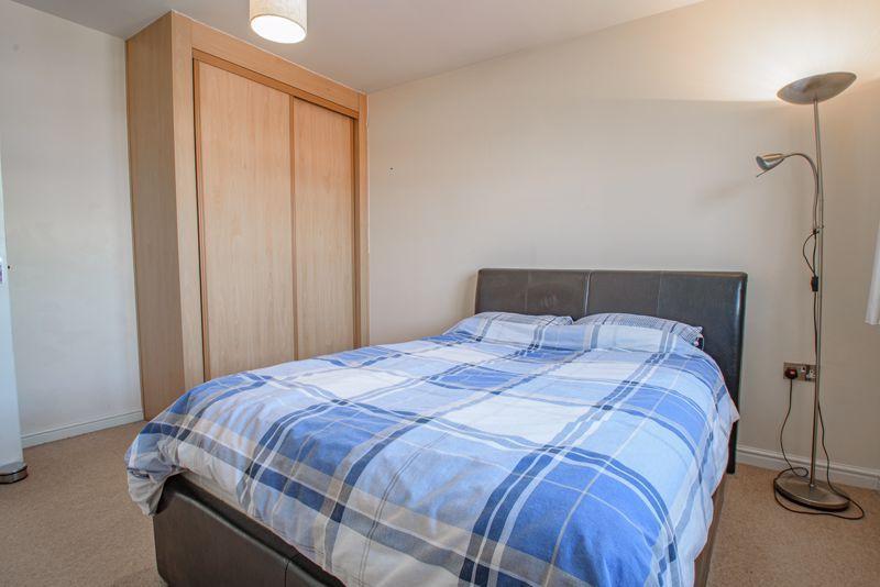 2 bed flat for sale in Railway Walk 8