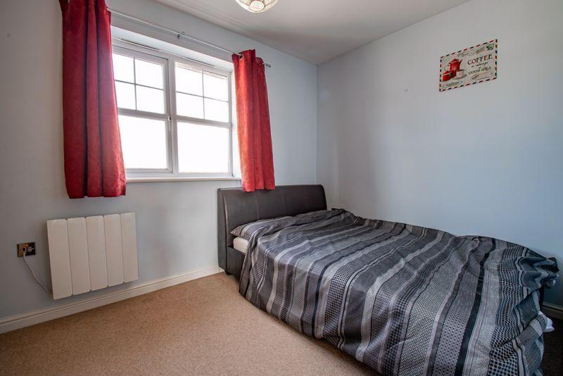 2 bed flat for sale in Railway Walk 9