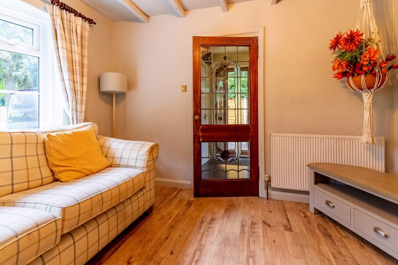 3 bed house for sale in Cook Avenue  - Property Image 3
