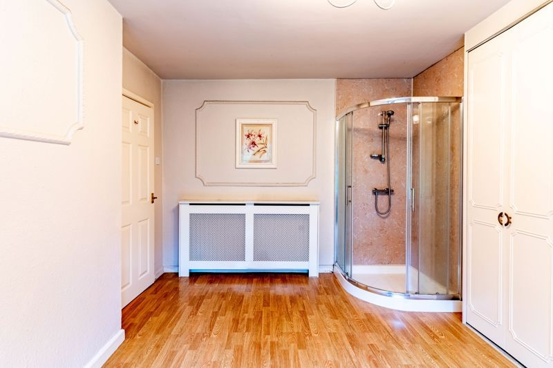 3 bed house for sale in Cook Avenue 8