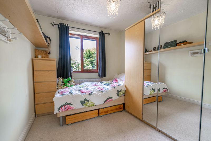 4 bed house for sale in Badbury Gardens  - Property Image 12