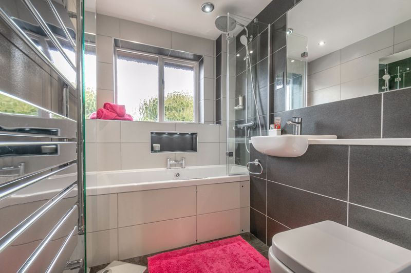 4 bed house for sale in Badbury Gardens  - Property Image 13
