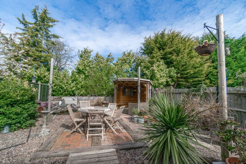 4 bed house for sale in Badbury Gardens  - Property Image 14
