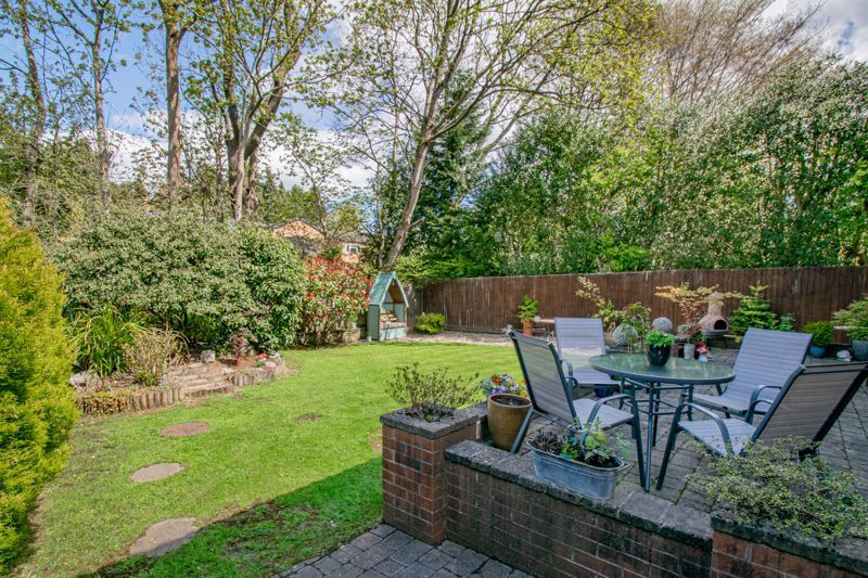 4 bed house for sale in Birmingham Road 12