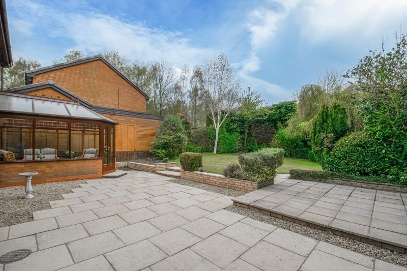 4 bed house for sale in Lechlade Close  - Property Image 12