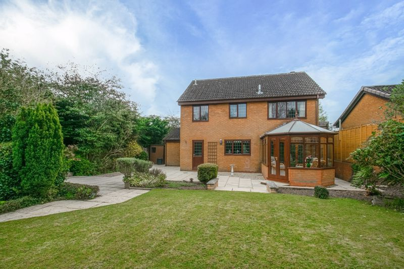 4 bed house for sale in Lechlade Close  - Property Image 13