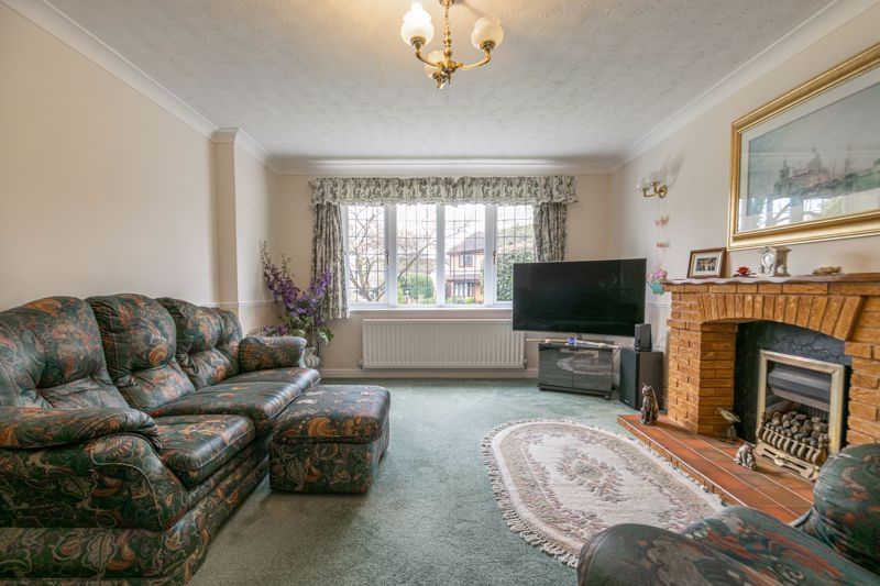 4 bed house for sale in Lechlade Close  - Property Image 18